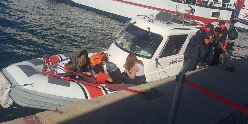 Fiber teknede 15 kaçak göçmen yakalandı