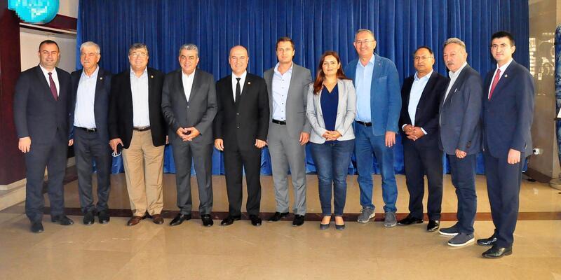 CHP İzmir milletvekilleri seçim gündemli toplandı