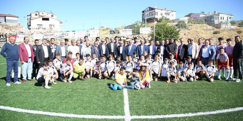 Hisarcık spor tesisi törenle hizmete açıldı