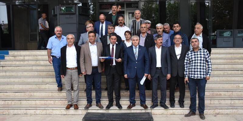 Atatürk'e hakaret eden öğretmene gözaltı (2)