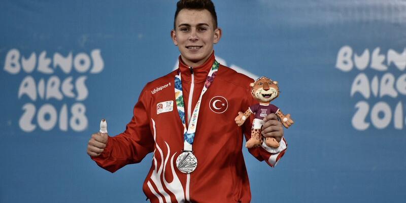 Gençlik olimpiyatlarında Caner Toptaş gümüş madalya kazandı
