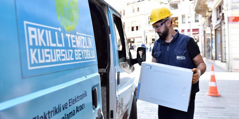 Beyoğlu Belediyesielektronik atıkları geri dönüştürüyor