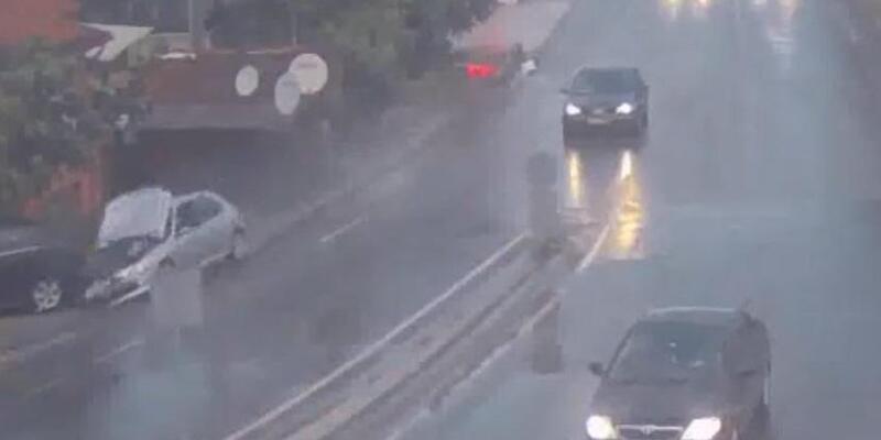 Adapazarı'nda kazalar kent güvenliği kameralarında
