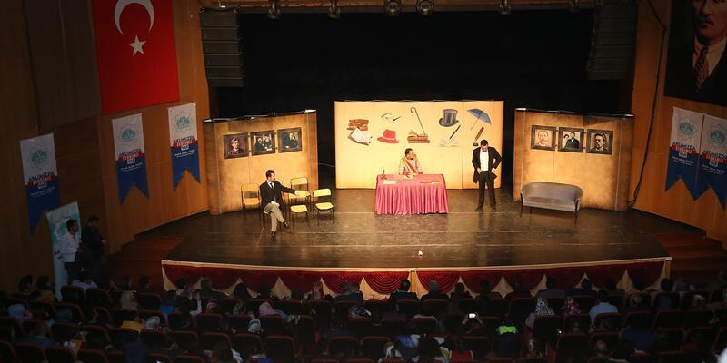 Soğanlar pembeleşinceye kadar tiyatro oyunu Aksray'da sahnelenecek