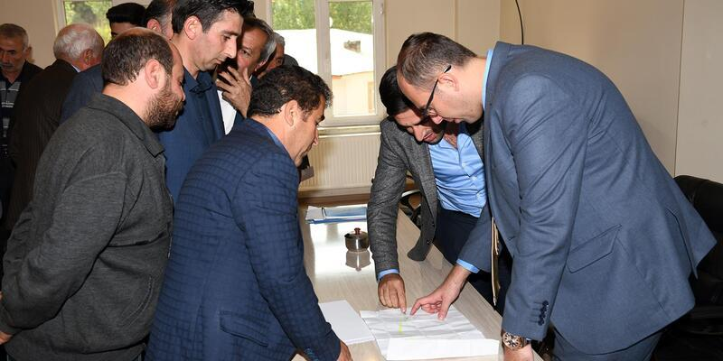 Başkan Vekili Türkmen muhtarlarla bir araya geldi