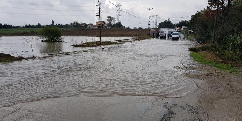 Silivri ve Çatalca'da su baskınları