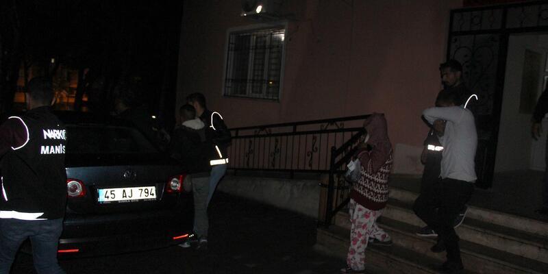 Kula'da uyuşturucu operasyonu: 4 kişi tutuklandı