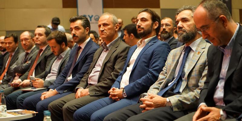 """Bakan Turhan: """"Şantiyeler en az dördüncü sınıf otel konforunda olacak"""""""