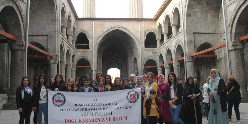 Başkaleli kadınlar, Karadeniz'i gezdi
