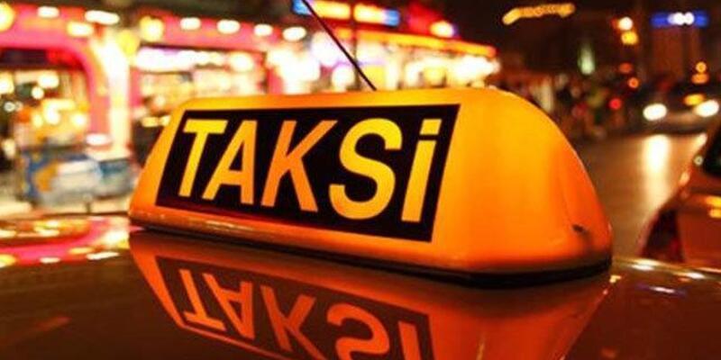 """""""Turist dolandıran taksici"""" yakalandı"""