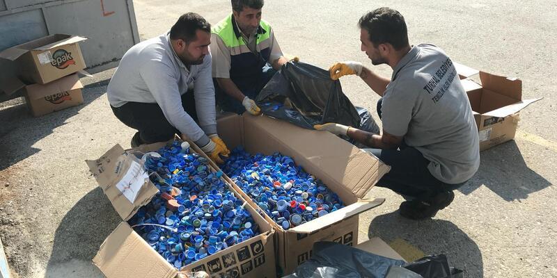 Turhal Belediyesi'nin mavi kapak kampanyasına Gaziantep'ten destek