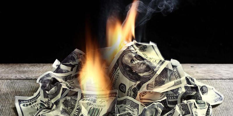 ABD 1 trilyon doları piyasadan çekti ve yakıyor