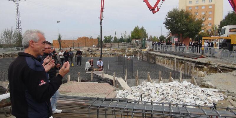 Tekirdağ Cezaevi personeli kampüste cami yaptırıyor