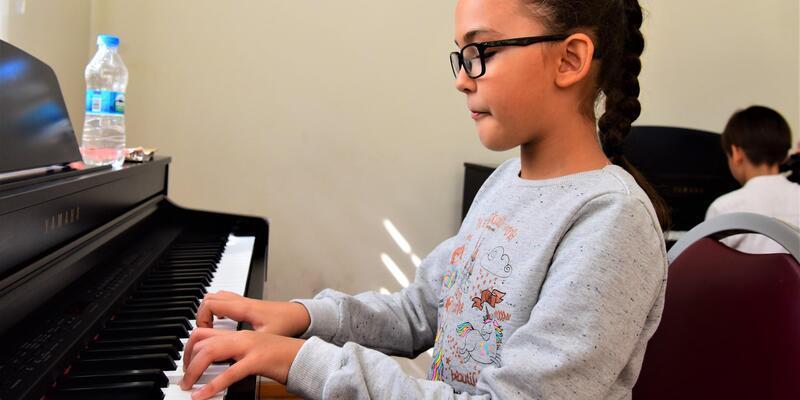 Bornova'da piyano kurslarına ilgi