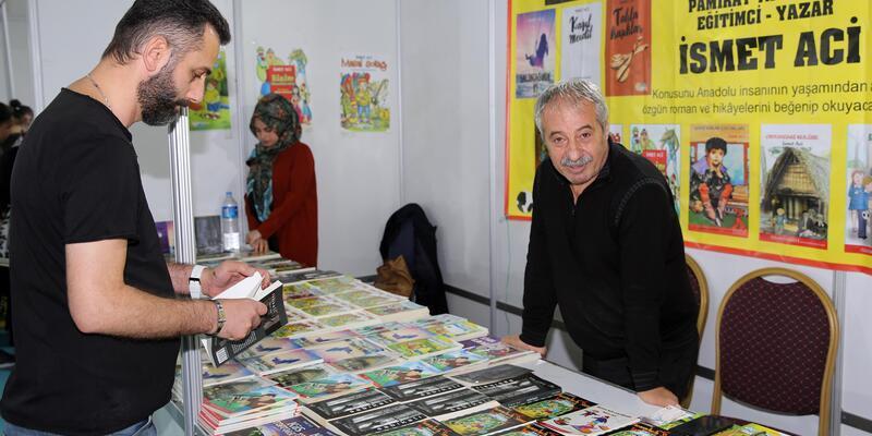 Yazar Aci: Çocuklara kitap okutmayı sevdirmemiz gerekiyor