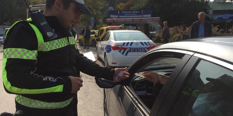 Emniyet kemeri takmayan sürücüler uyarıldı