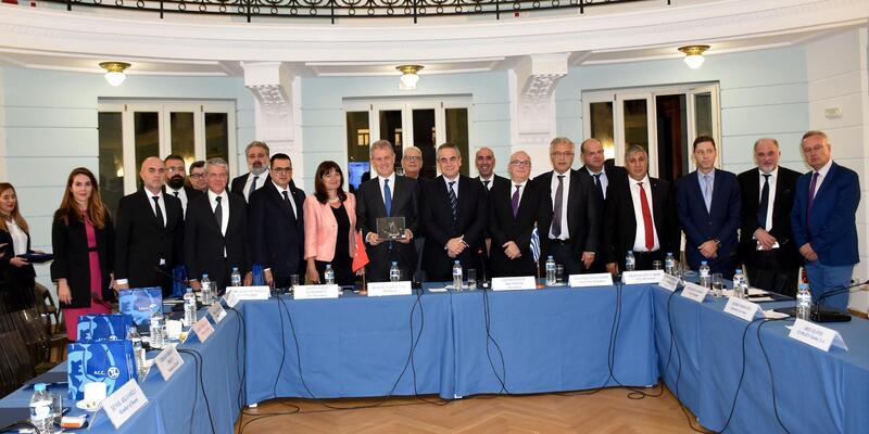 İZTO'nun yeni yönetiminden ilk yurtdışı ziyaret Yunanistan'a