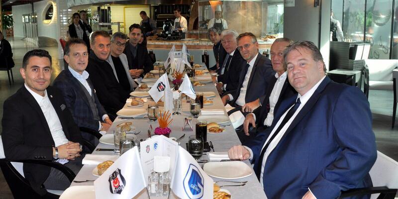 Beşiktaş ve Genk yöneticileri dostluk yemeğinde buluştu