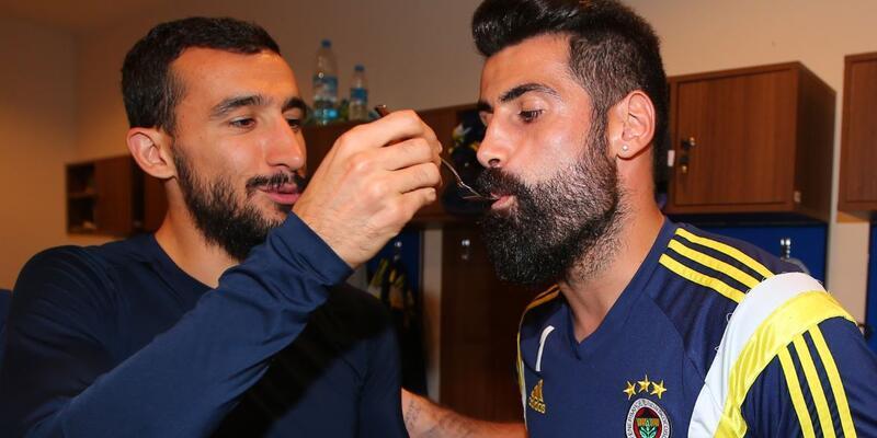 Fenerbahçe Volkan Demirel'in doğum gününü kutladı