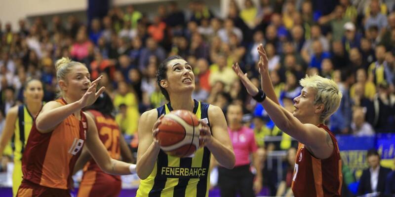Fenerbahçe 17 sayı farkla derbiyi kazandı