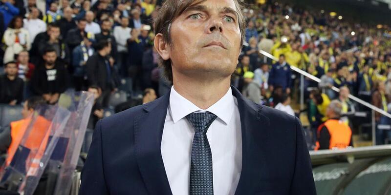 Fenerbahçe'de Phillip Cocu dönemi sona erdi
