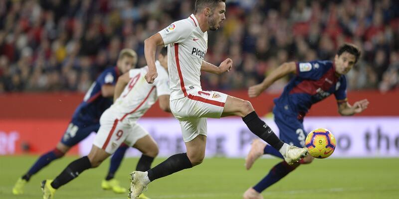 Sevilla zorlandı ama kazandı