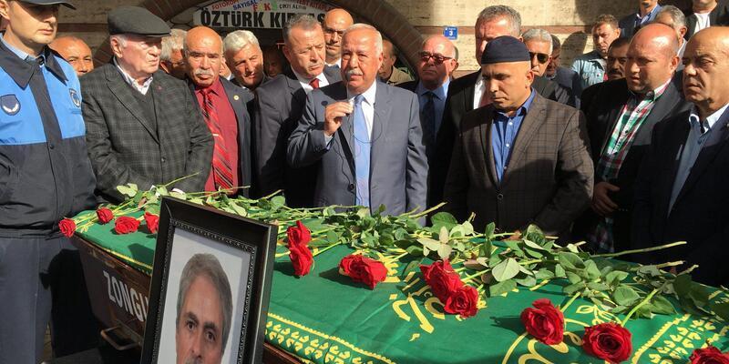 Lösemiden ölen meclis üyesi için tören