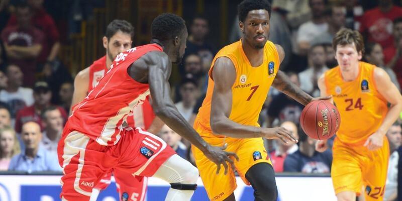 Galatasaray'a 30 sayı fark