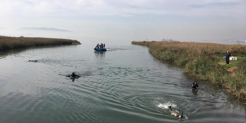 Denizden çıkmayan kaçak midye avcılarına biber gazlı müdahale