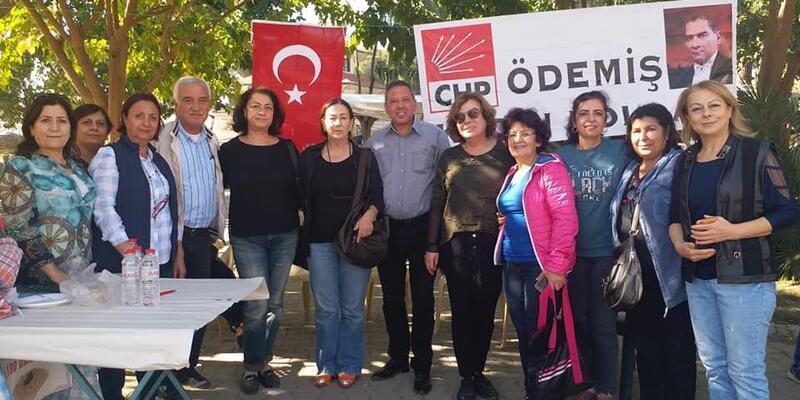 CHP'li Kadınlardan öğrenciler için kermes