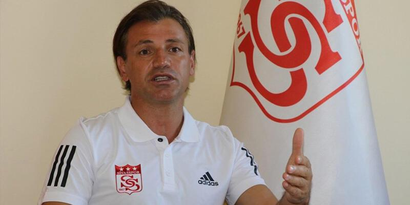 Sivasspor Teknik Direktörü Tamer Tuna istifa etti