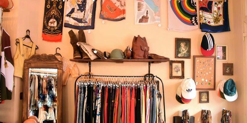Farklı görünmek isteyenler vintage kıyafetlere ilgi gösteriyor