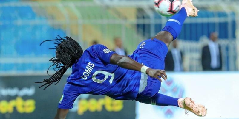 Bafetimbi Gomis'ten harika iki gol daha