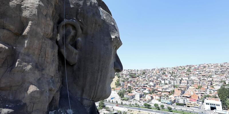 'Atatürk maskı' adına yakışır hale geldi