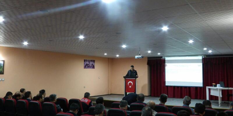 Nizip'te polislere eğitim
