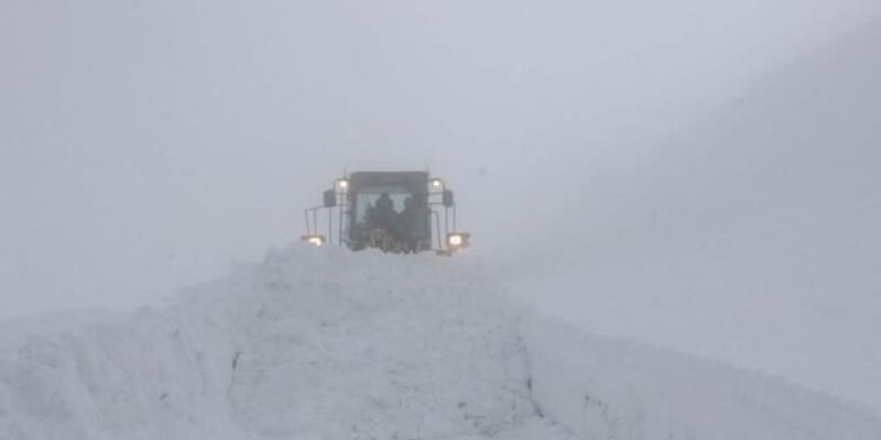 Muş'ta 32 köy yolu ulaşıma kapandı