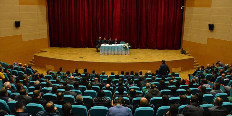 Erbaa Belediyesinde kadroya geçen personel, sendikalı olacak
