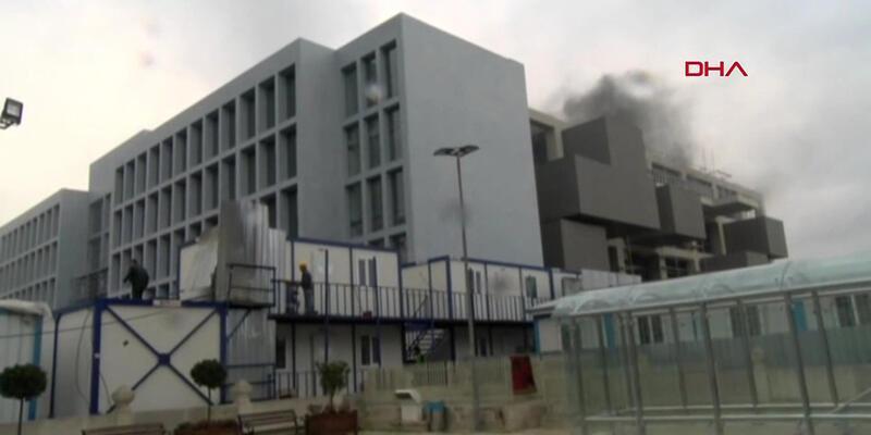 Tophane'de müze inşaatında yangın