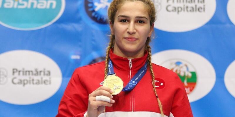 Buse Tosun'dan altın madalya