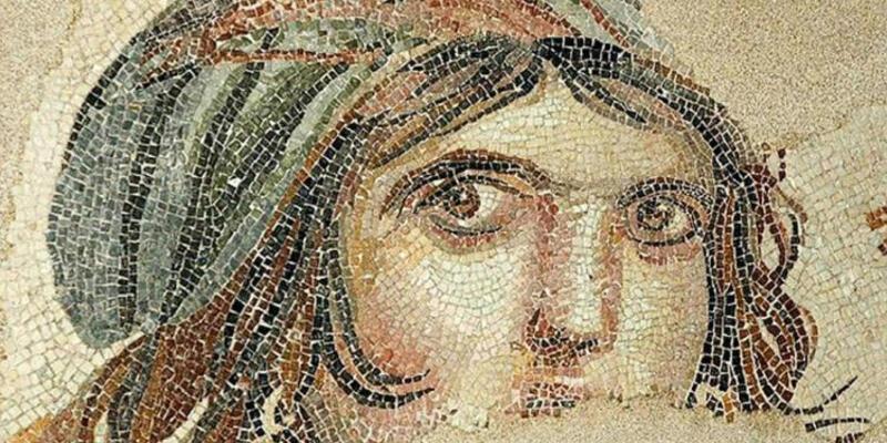 Son dakika: Çingene Kızı mozaiğinin Türkiye'ye getirileceği tarih belli oldu