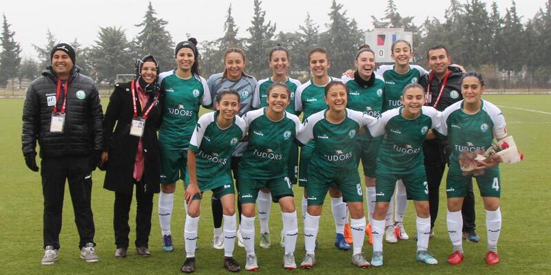 Yeni Burdurspor kendi sahasında 15 gol yedi