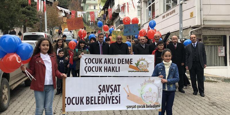 Şavşat'taÇocuk Hakları Günü'nü kutladı