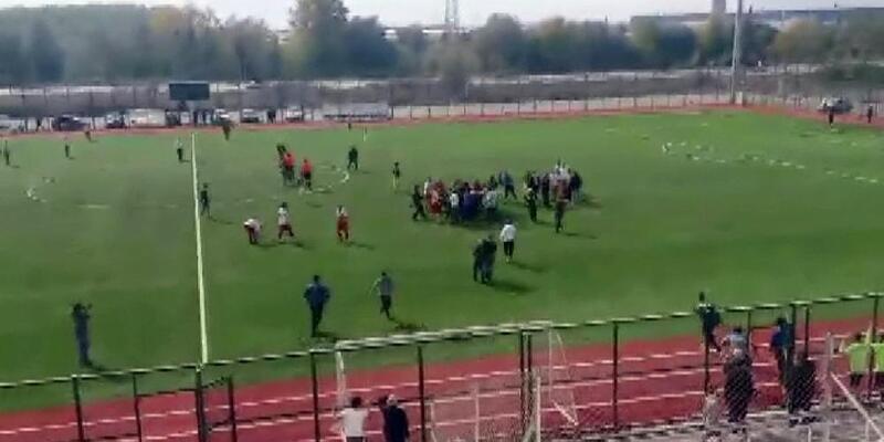 Amatör Lig'deki maçta 11 kırmızı kart çıktı