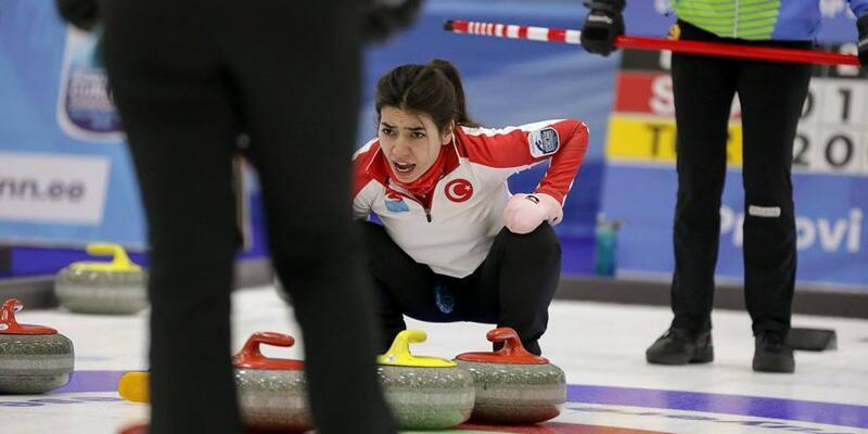 Türkiye Kadın Curling Milli Takımı B klasmanında bronz madalya aldı