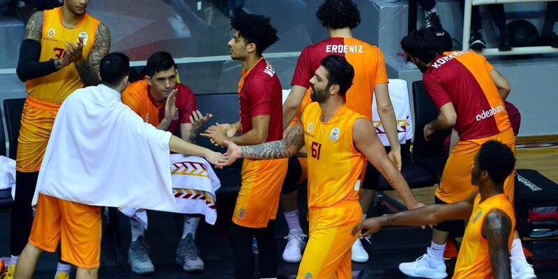 Galatasaray Beşiktaş'ı 2 sayı farkla yendi