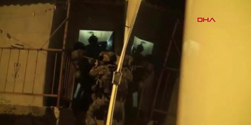 İstanbul'da terör operasyonu: 23 gözaltı