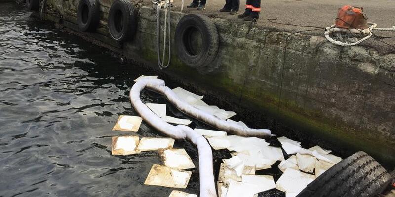 İzmit Körfezi'ni kirleten gemi tespit edildi