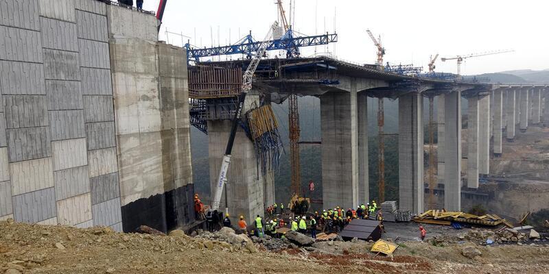 Gebze'de viyadük inşaatı sırasında beton blok düştü; 4 işçi enkaz altında kaldı (3)
