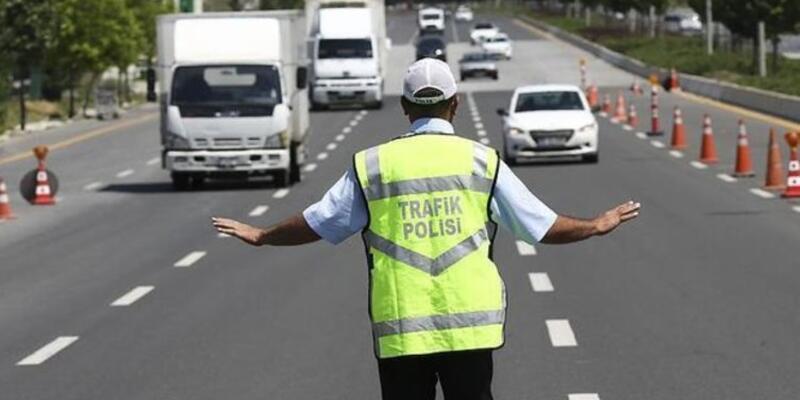 3 kamyon sürücüsüne 33 bin lira ceza kesildi