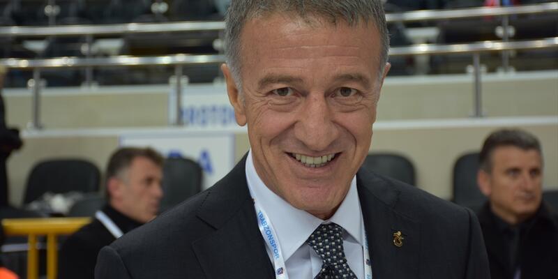 Trabzonspor'da Ahmet Ağaoğlu yönetimi ibra edildi